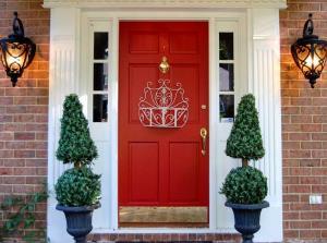 Tips Menentukan Posisi Pintu Utama Rumah Menurut Feng Shui