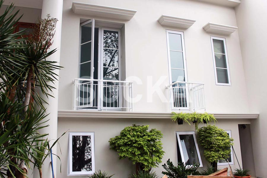 Jendela Swing French Window - Jendela Jungkit uPVC