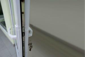 eDSCF0488 handle pintu swing